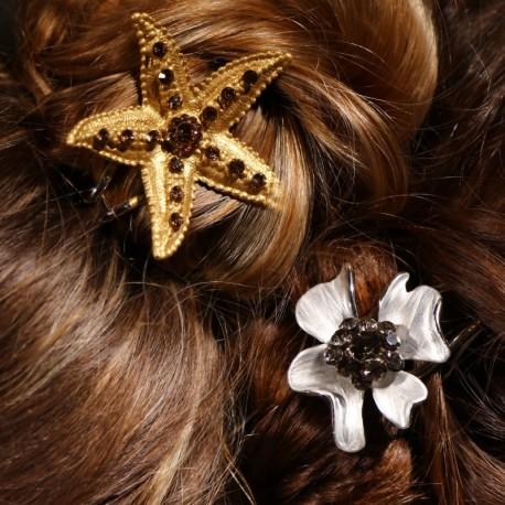 Coiffures chignon étoile dorée